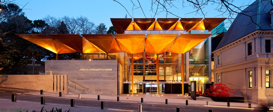auckland art gallery - free things to do in Auckland